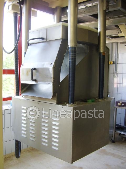 Braibanti 1000 kg short cut + dies 450 mm