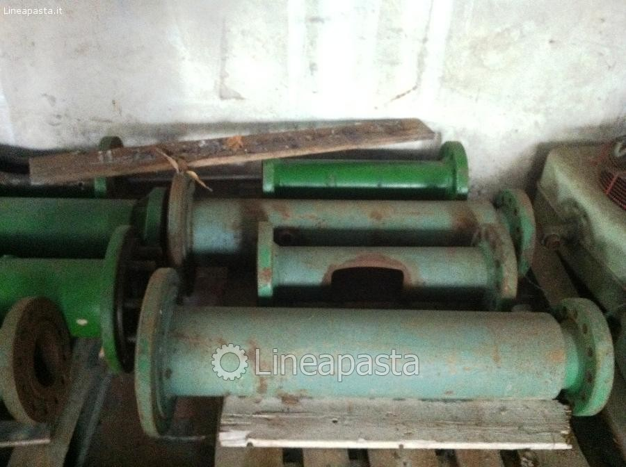 Cylinders and screws for press Braibanti