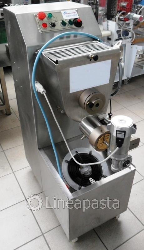 Fresh pasta machine P50 - 35 Kg/h