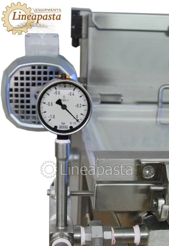 Fresh pasta machine with double vat and vacuum MAC 60S