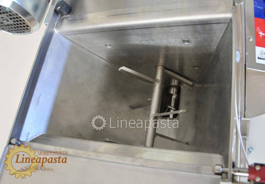Fresh pasta maker with double vat MAC 60