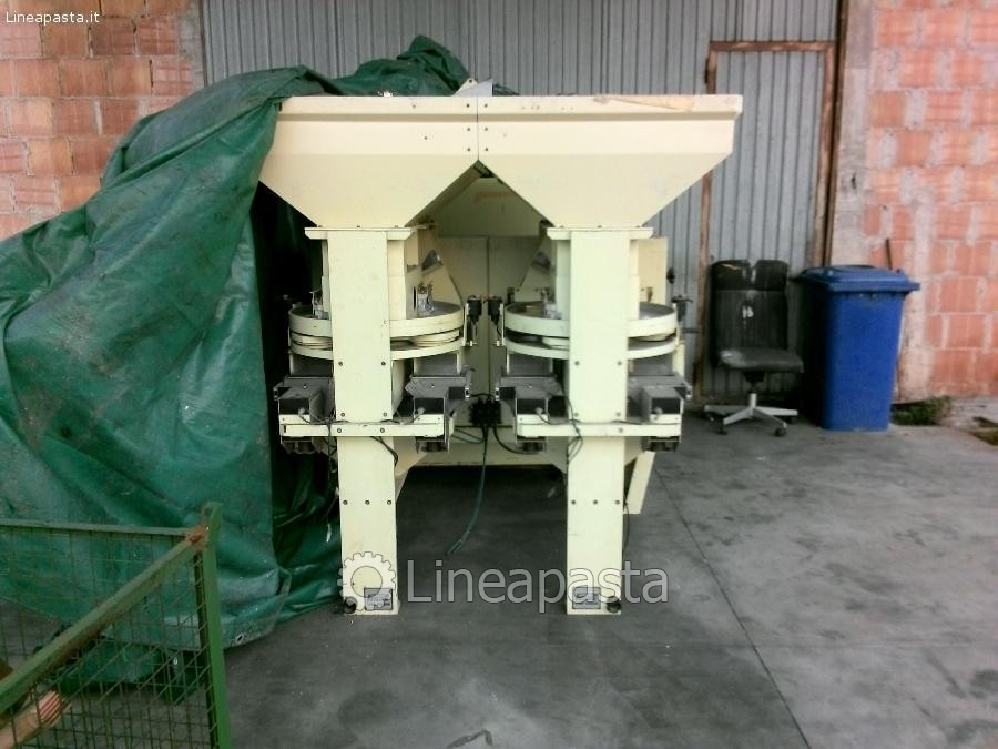 System for weighing and bagging Pavan