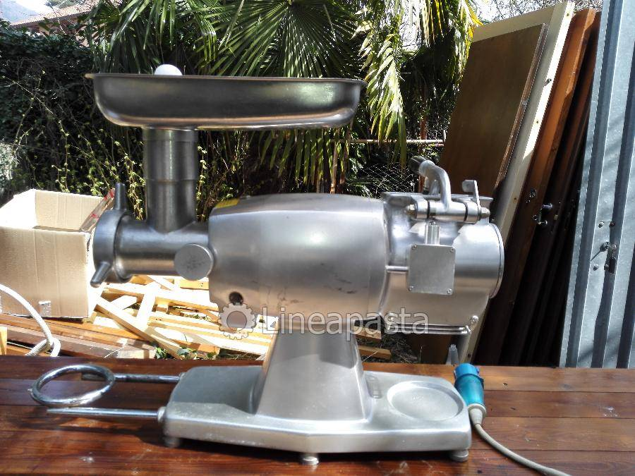 Gastronomy equipment/fresh pasta production